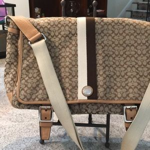 Coach messenger carry-all